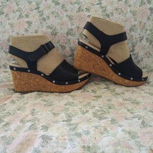 Clarks Annadel Clover Black Sandals - NIB